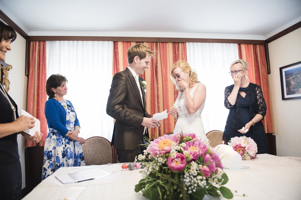 Judith-Martin_Hochzeitsreportage_Frau-Kneidinger-Hochzeitsfotografin