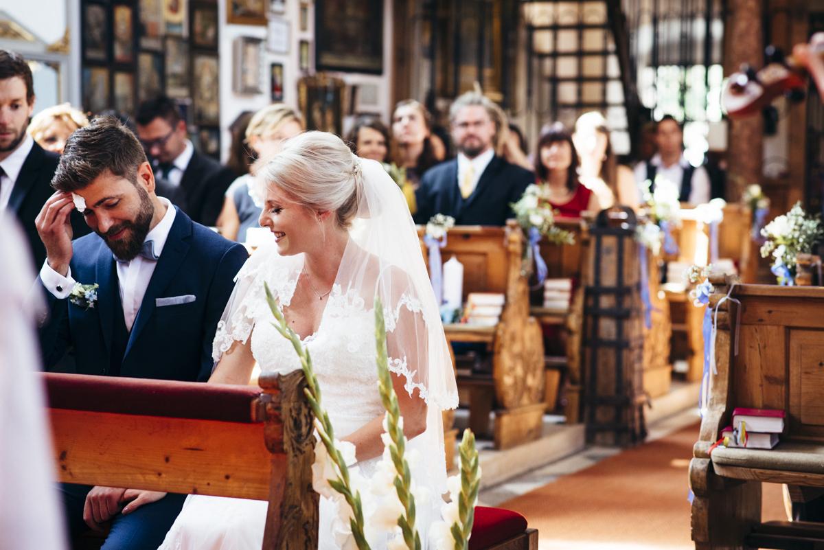 Hochzeit Franzi Tobi Oberbayern Frau Kneidinger Hochzeitsfotografin